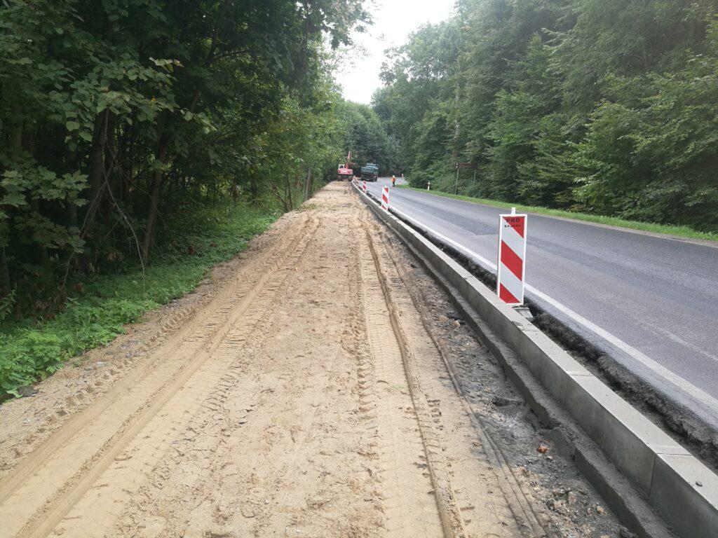 Budowa drogi rowerowej wzdłuż DK16 w okolicy Mrągowa